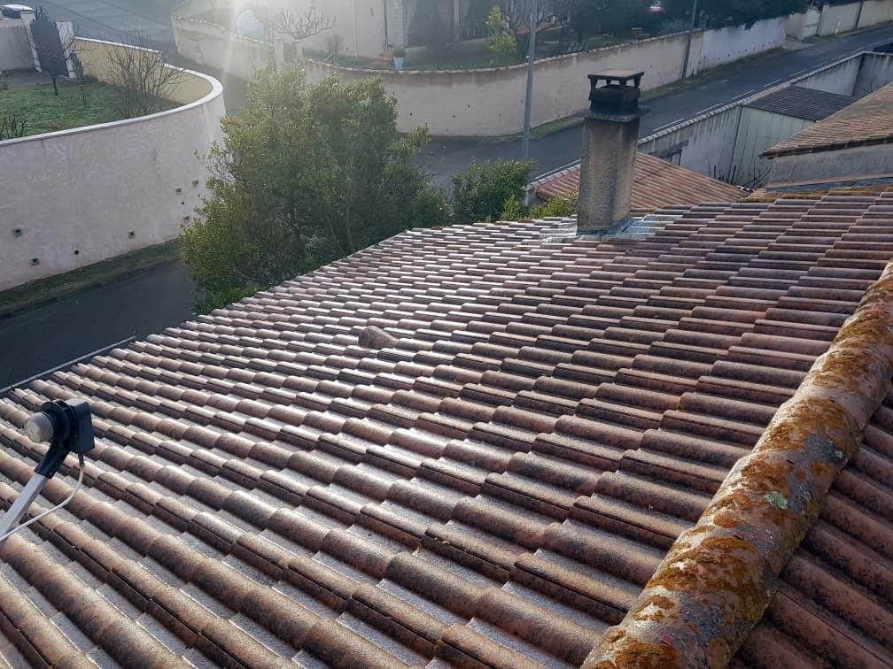 Arnoldi Rénovation - Traitement Incolore Des Tuiles
